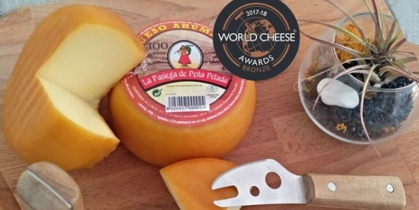 World Cheese Awards al Queso Ahumado de vaca